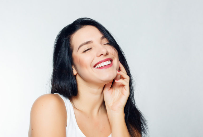 What are the benefits of teeth whitening in Stuart FL?